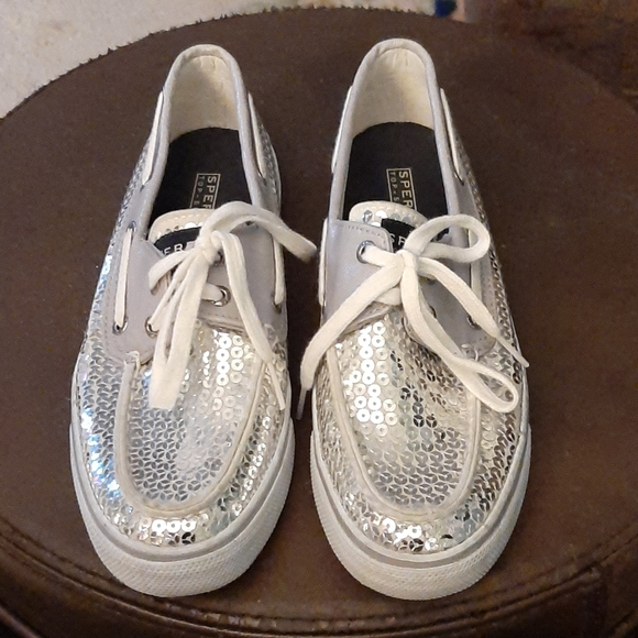 Sperry Silver Sparkle Boat Sneakers 6.5
